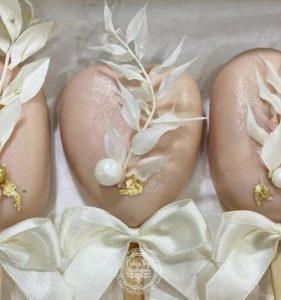 Cakesicles created by Cakesbyshabnum