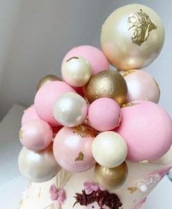 Beautiful Cake made by Choccolottie Bespoke Cakes
